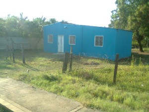 vendo casita habitable con terreno o cambio por vehiculo